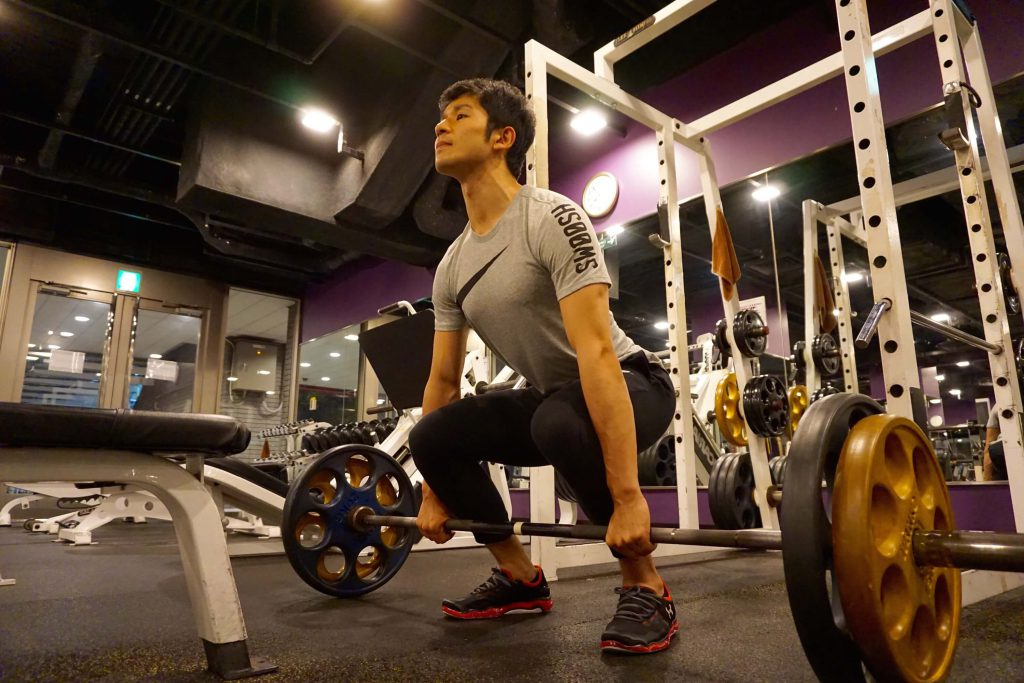 体幹トレーニング,デッドリフト,背中