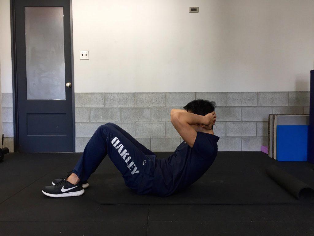体幹トレーニング,シットアップ