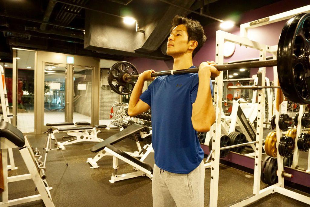 筋トレ,大きい筋肉,ショルダープレス