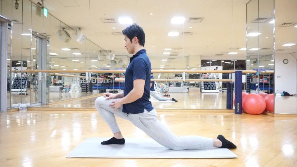 股関節に痛みやつまり感があるときにやってはいけないストレッチ